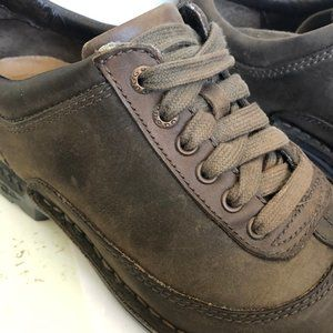 UGG Shoes - Ugg Men's Brown Leather Lace-up Casual Shoe